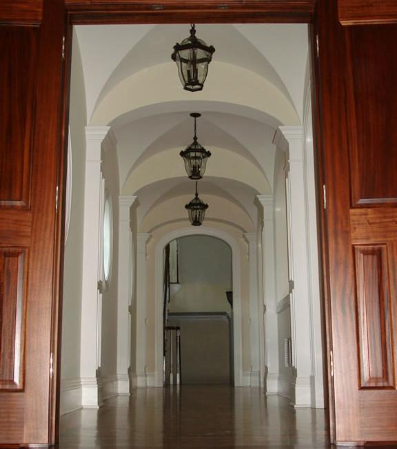 32 Belleuve Hallway